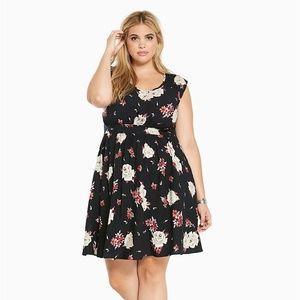 TORRID Black Floral Print Open Back Challis Dress